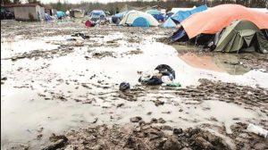 Midilli Mülteci Kampı